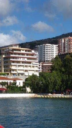 Saranda (SR) Backpackers